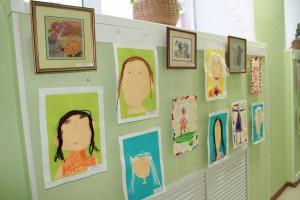 Выставка творческих работ «Мамины руки не для скуки» (ДОУ №49)